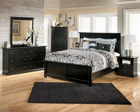 Bedroom Furniture At Discount Prices by Bedroom Warehouse Modern Commercial A Modern Find For A