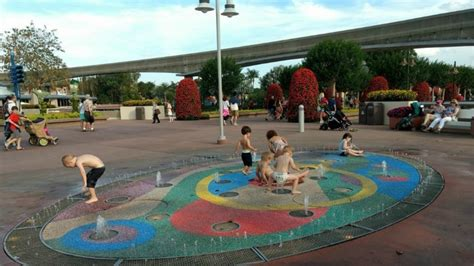 why epcot and preschoolers are a great combination 680   TMOM Frozen Preschoolers at Epcot 800x450