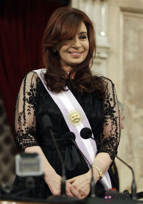 Kirchner faces charges in several corruption investigations. Cristina Kirchner nombrada presidenta de Argentina ...