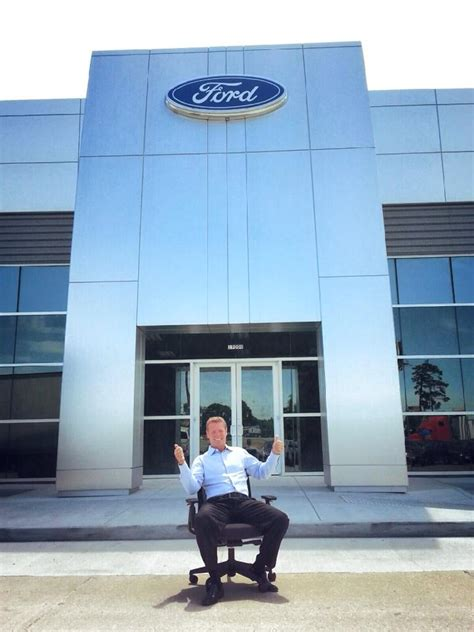 Planet Ford in Humble Reveals Showroom Renovations