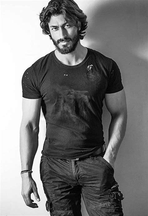 fashionable instances  musclegod vidyut jamwal