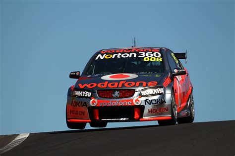 craig lowndes craig lowndes   supercars