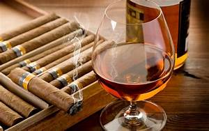 Tips and Tricks: How to Pair a Cigar with a Beverage ...