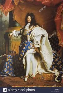 Louis 14 : louis xiv king of france painting by hyacinthe rigaud 1701 stock photo 19167988 alamy ~ Orissabook.com Haus und Dekorationen