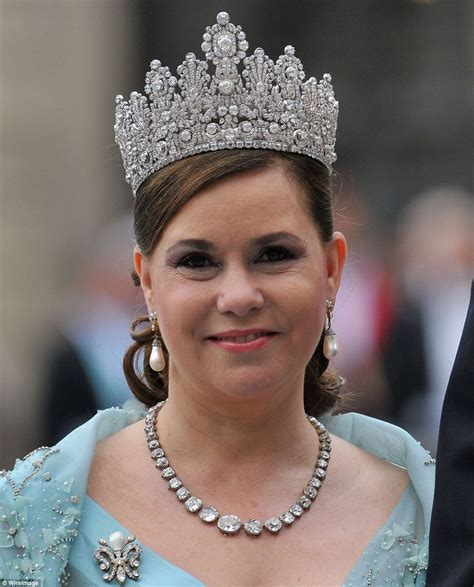 Which royal family has the most expensive tiaras?   Royal ...