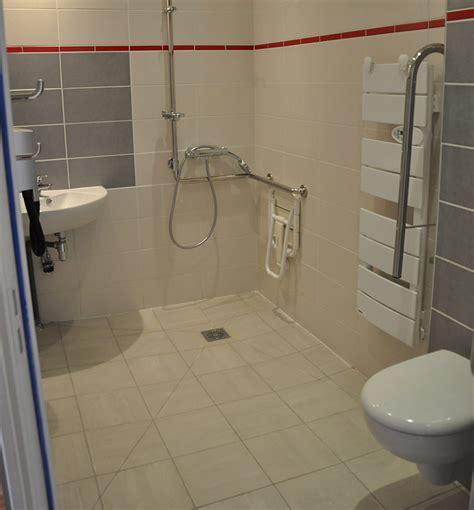 norme handicapé chambre salle de bain handicape normes hotel gascity for