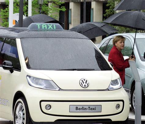 Volkswagen Berlin Taxi Photo 1 8135
