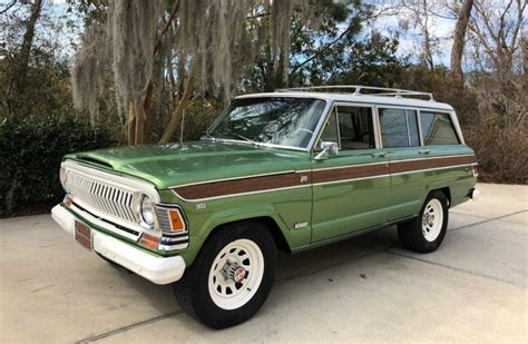 1970 jeep grand wagoneer restored 1970 jeep wagoneer 4x4 for sale on bat auctions