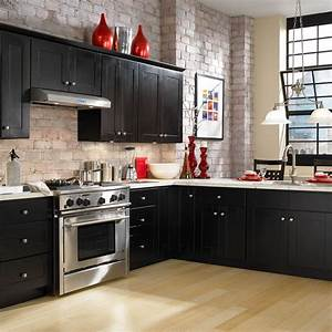 Kitchen paint colors 2018 with golden oak cabinets for Kitchen cabinet trends 2018 combined with wall modern art