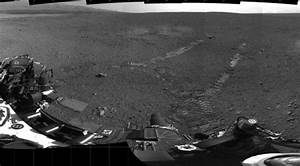 Curiosity takes its first steps, leaves Morse code ...