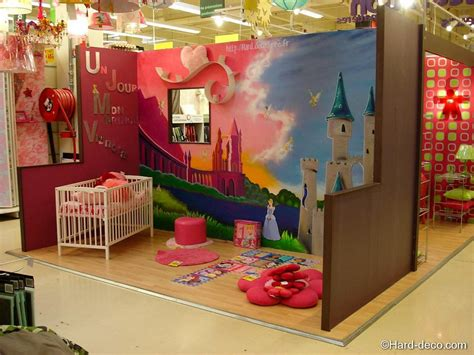 decoration chambre raiponce idee rangement chambre fille