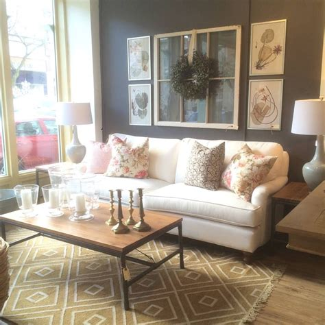 This is their right hand man. Pin by Fancy on Foyer/Dining/Living Room Ideas   Coffee table, Living room