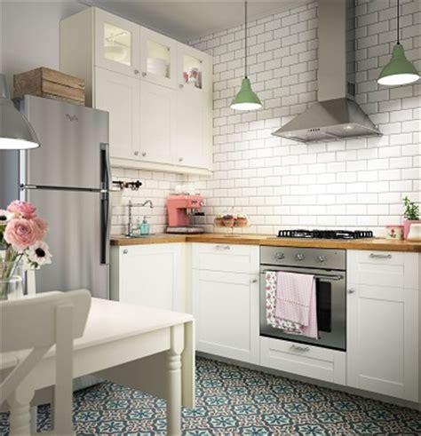 photos cuisines ikea cuisine ikea au style rétro avec carrelage métro