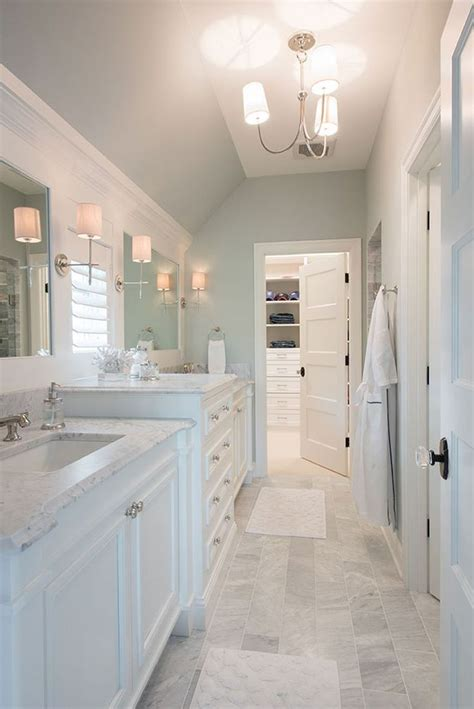 Decorating Ideas For Gray Bathroom by Best 25 Blue Gray Bathrooms Ideas On Bathroom