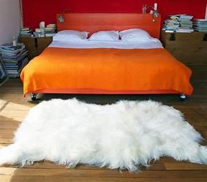 Peau De Mouton : peau de mouton big moumoute poils longs 170 x 100 cm poils longs blanc naturel fab design ~ Teatrodelosmanantiales.com Idées de Décoration