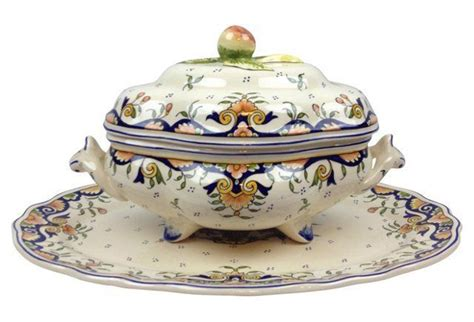 Quimper Gravy Boat by 182 Best Images About Soup Sauce Tureens On