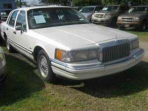 1993 Lincoln Town Car Signature In Houston  Tx