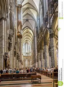 Dome House Deutschland : service held in central nave of cologne cathedral germany ~ Watch28wear.com Haus und Dekorationen