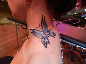 Schmetterling Nacken Tattoo Von La Florida Ink