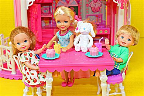 Barbie Chelsea. Free Barbie Chelsea. Barbie Chelsea And Friends Movie Night Fun Doll. Barbie