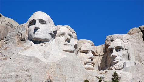 monte rushmore 4 presidenti sulla roccia