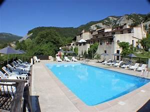 location dans residence ancienne bergerie avec piscine With amazing location gite en provence avec piscine 1 location vacances alpes de haute provence location de