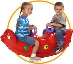 Kindergeschirr Zum Spielen : baby und kleinkind kleinkind spielzeug mehr badespielzeug ~ Orissabook.com Haus und Dekorationen