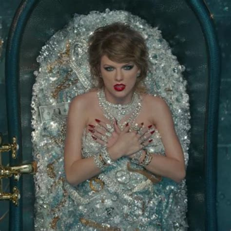 Taylor Swift's Dropped A Lawsuit Easter Egg In The 'LWYMMD ...