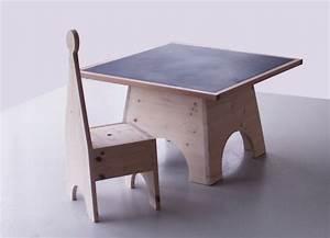 table et chaise en bois pour enfant ouistitipop With chambre bébé design avec fleur de bach biocoop