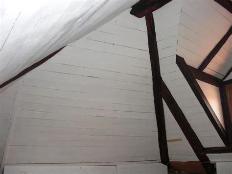 est il possible de recouvrir le lambris des rants sous toiture