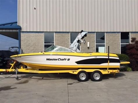 Ski Boat Knoxville Tn by Raft New And Used Boats For Sale In Tennessee