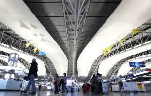 low cost carriers boost foreigners at kansai airport the