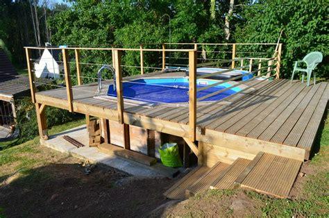 terrasse piscine sur pilotis bois de jardin