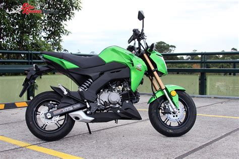 Review Kawasaki Z125 Pro review 2017 kawasaki z125 pro bike review
