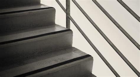 nez de marche escalier moquette 28 images nez de marche pour sols en moquette et caoutchouc