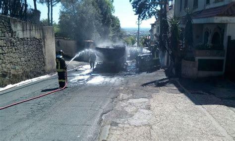 Comune Di Ariccia Ufficio Tecnico by Incendio Autobotte Ancora Paura In Via Ginestreto Ad Ariccia