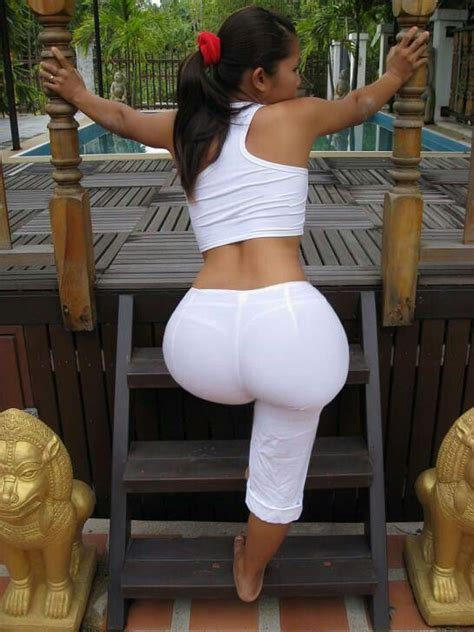 1000 Images About Yoga Pants On Pinterest Latinas Sexy