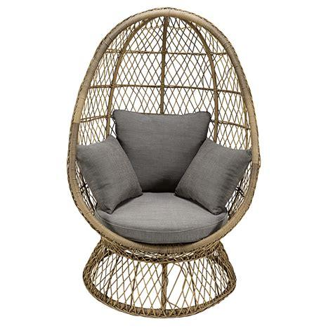 fauteuil oeuf de jardin en r 233 sine tress 233 e et coussin gris