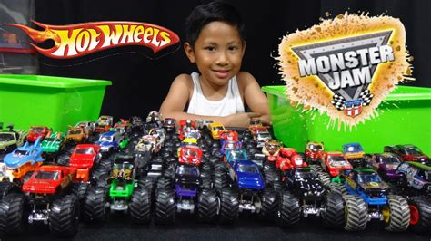 monster truck race track toy wheels monster jam truck collection and truck loop