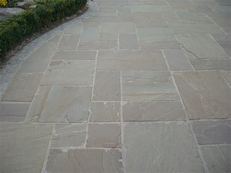 sandstone paving patterns indian sandstone paving raj green single sizes quality indian stone paving at garden