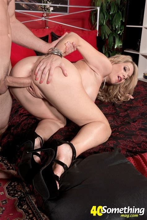 40 something huge cock for a skinny fuck toy desiree