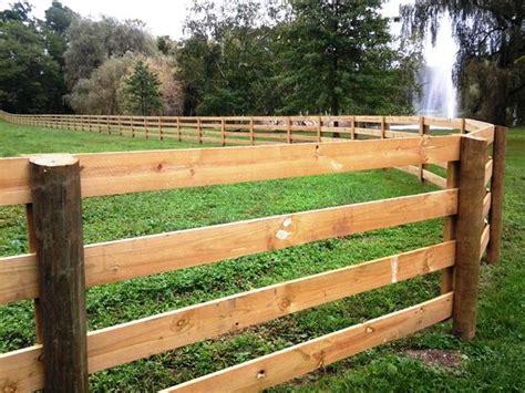 Best 25+ Horse Fencing Ideas On Pinterest