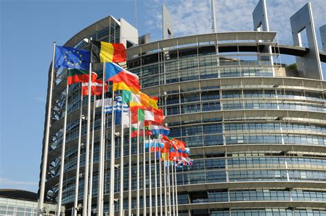 siege du parlement europeen le parlement européen veut des sanctions ciblées en rdc