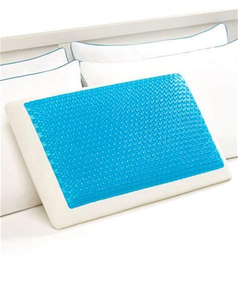 comfort revolution cool comfort hydraluxe gel memory foam standard pillow pillows bed