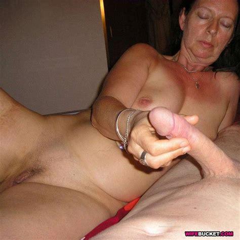 Amateur Mature Swingers Couples In Wild Orgies
