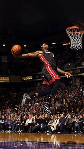 He99 Lebron James Dunk Nba Sports Art Basketball Papersco