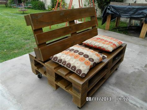 Pallet Settee by Pallet Chest Seat Or Bench