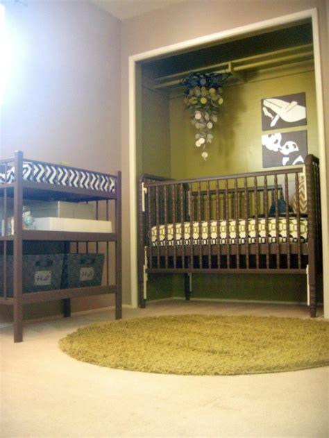 lustre chambre gar輟n décorer la chambre bébé garçon conseils et exemples archzine fr