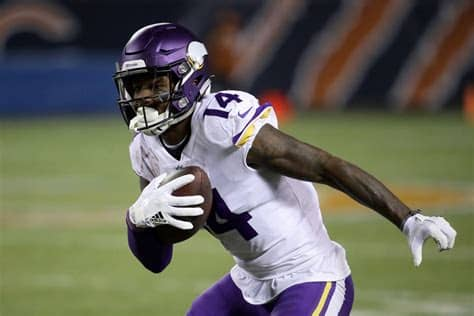 Stefon mar'sean diggs (born november 29, 1993) is an american football wide receiver for the buffalo bills of the national football league (nfl). Stefon Diggs approaching his first 1,000 season in the NFL