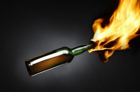 vihara  singkawang dilempar bom molotov  jak fm